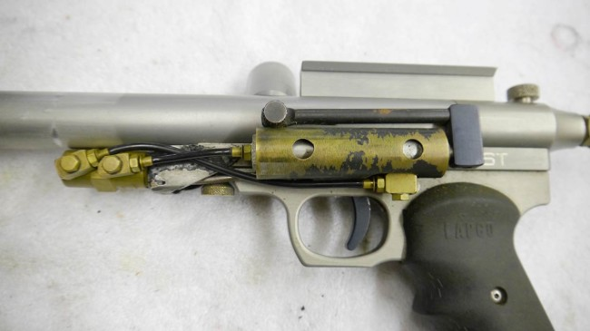 Patrick Lee's Palmer's Tornado semi automatic Nelson based gun. Left side showing ram, zoomed in.
