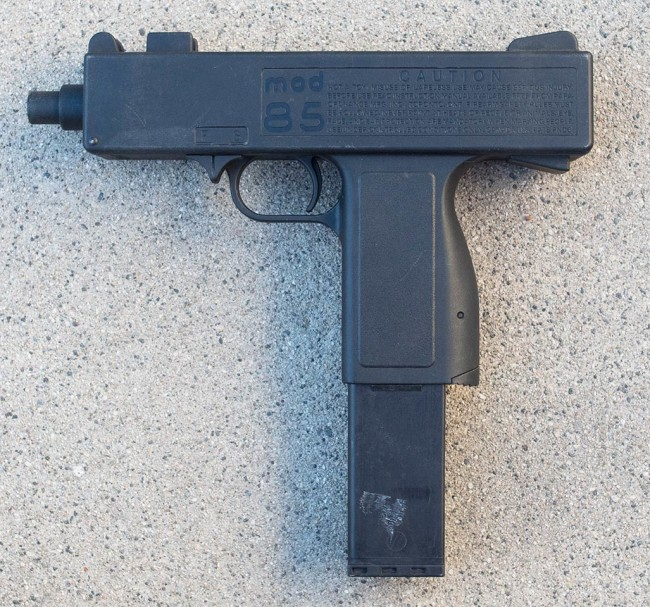 Left side view of the Para-Ordnance Mod 85.